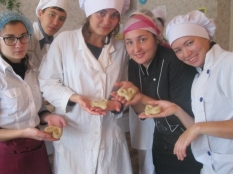 Первые булочки